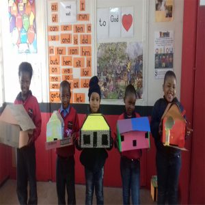 Junior Primary Making Houses 2018